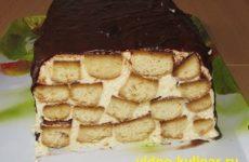 Торт Медовое полено в шоколадной глазури
