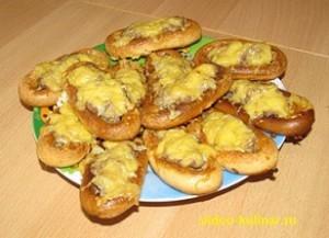 Фаршированные сушки с фаршем и сыром