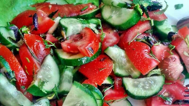 Лучший салат на сыроедении