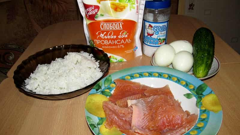 рецепт салата с семгой ингредиенты