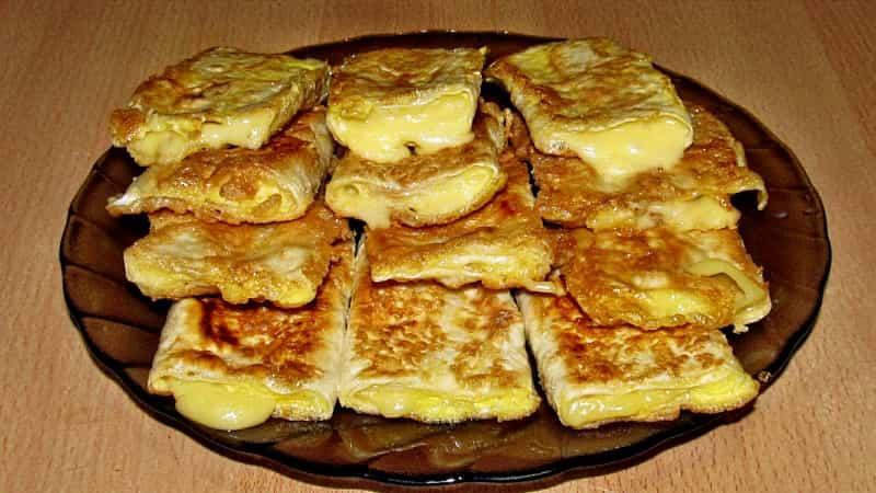 лаваш с яйцом и сыром на сковороде рецепт с фото