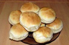 Быстрые булочки на кефире без дрожжей