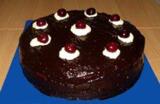 Торт Пьяная вишня в шоколаде с коньяком