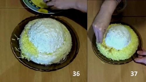 Посыпаем поля шапки Мономаха сыром