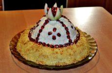 Салат Шапка Мономаха: рецепт с курицей
