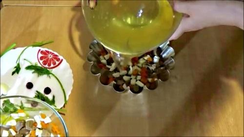 Заливное - Залить бульон