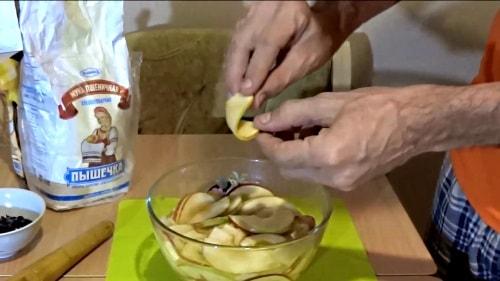 Гибкие яблочки для яблочных розочек