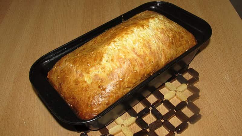 Вкусный сырный хлеб