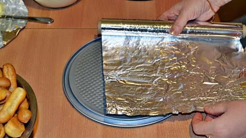 Выложить фольгой для торта Дамские пальчики